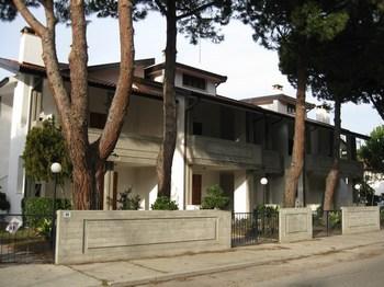 Lido degli estensi villa in affitto