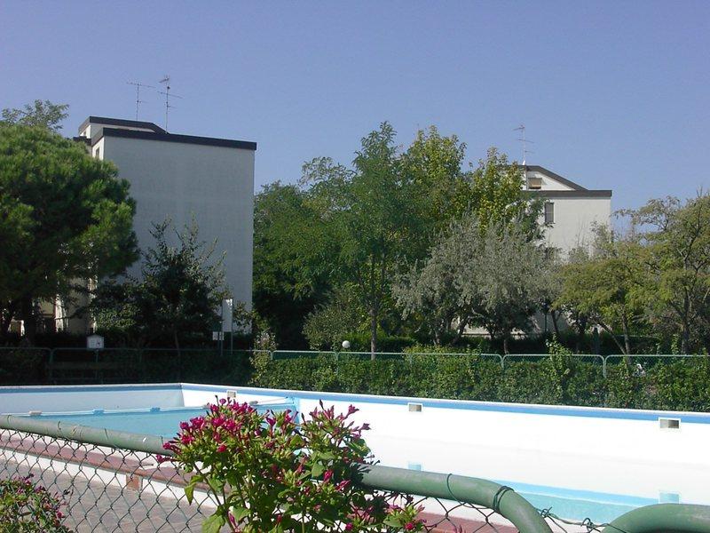Lido Spina bilocale con piscina in vendita