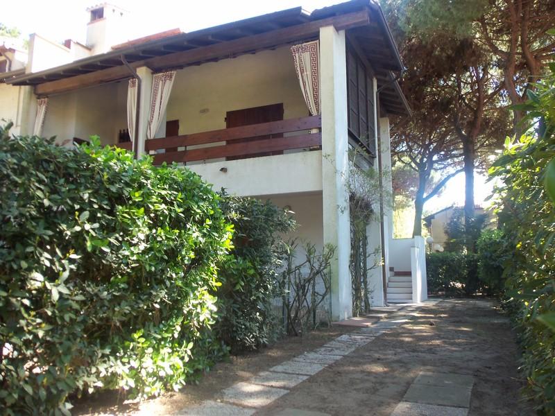 Lido di Spina, ampia villa con 4 camere in affitto