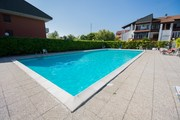 Lidi Ferrara, Holiday apartments with pool