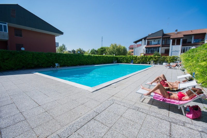 Lido di Spina  casevacanza con piscina