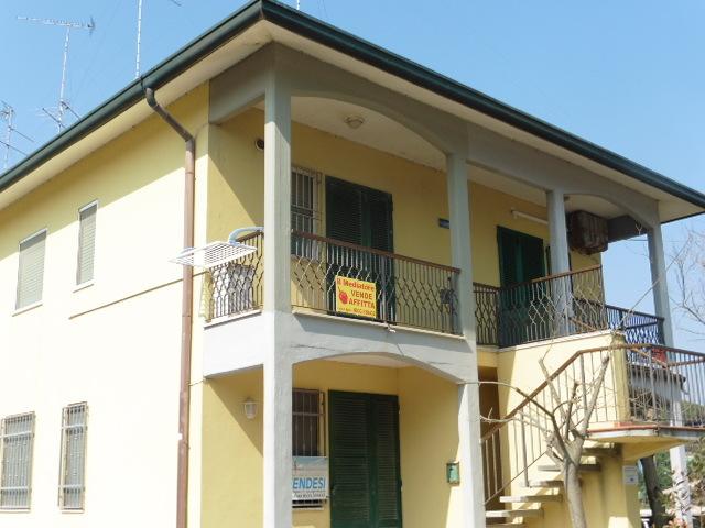 Lido di Spina, appartamenti con vista mare