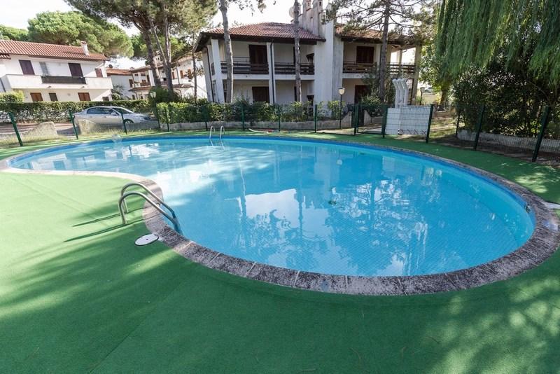 Lido di Spina ville con piscina